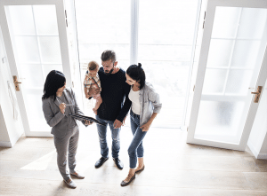 REALTOR discussing home with family